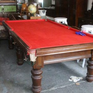 Heiron & Smith snooker table (delivery available)