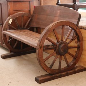 Wagon wheel seat