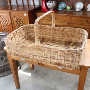 Large bread basket