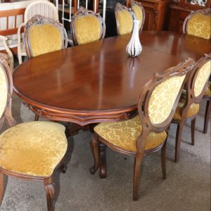 Extension table with 8 chairs