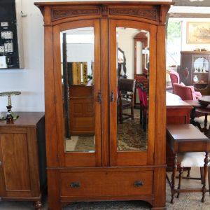 Maple 2 Mirrored Door Robe