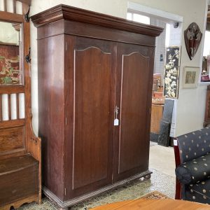 Colonial Cedar Wardrobe